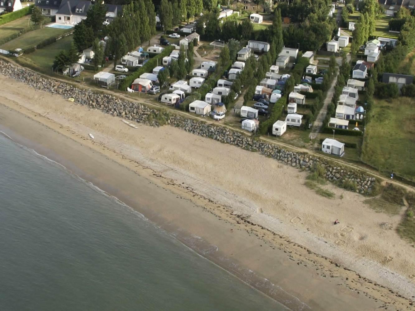 Camping Les Goélands - Ambon - Plage -Tourisme Arc Sud Bretagne. Mobil home face à la MER 1 à 6 pers ©