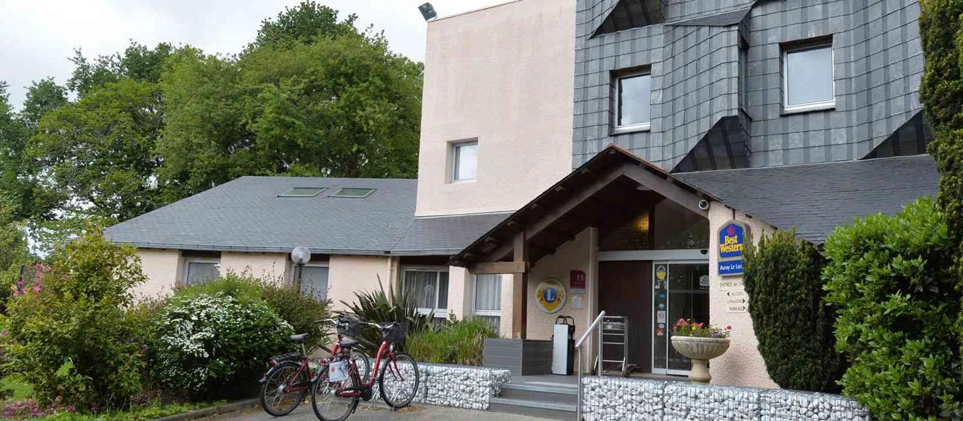 hotel-bestwesternleloch-auray-Morbihan Bretagne Sud-exterieurs © hotel-bestwesternleloch-auray
