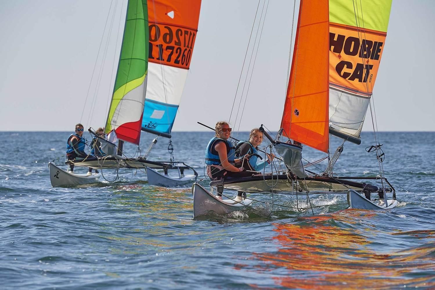 centre-nautique-Larmor-Plage-Groix-Lorient-Morbihan-Bretagne-Sud © Y. ZEDDA