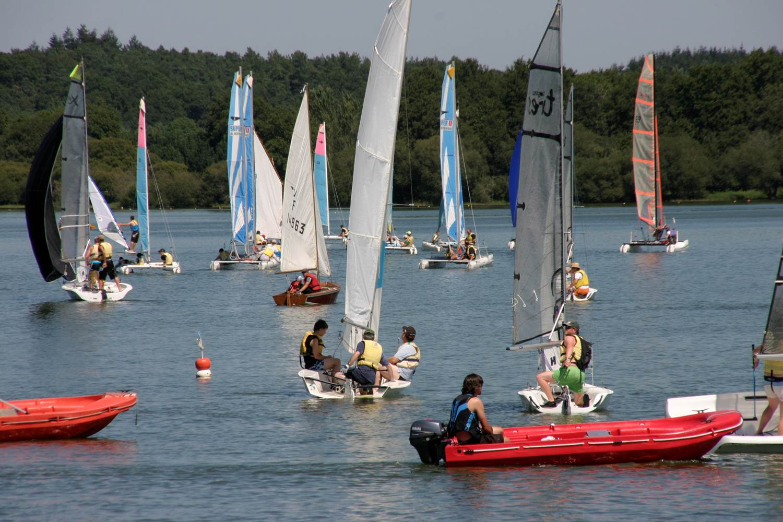 Club-nautique-Ploërmel-Morbihan-Bretagne-Sud © Club nautique Ploërmel Taupont