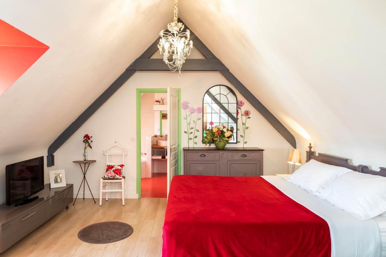 Chambre à l'étage FLEURS DE BAGATELLE ©