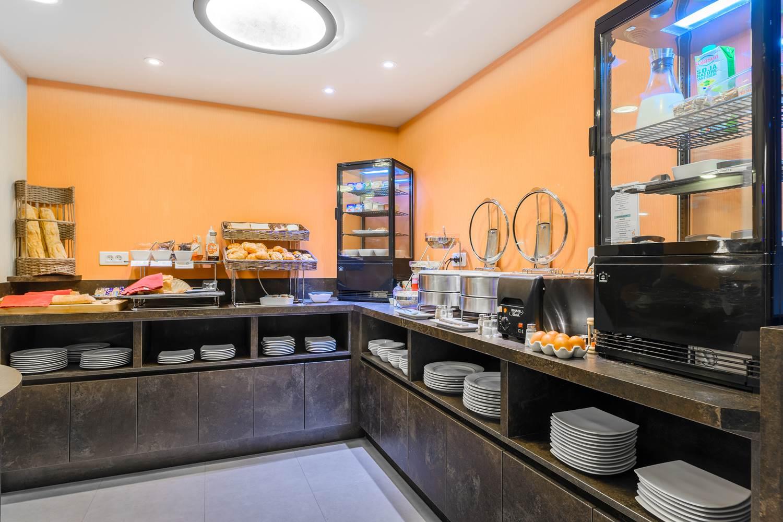 buffet petit dejeuner hôtel la marébaudière vannes centre ©