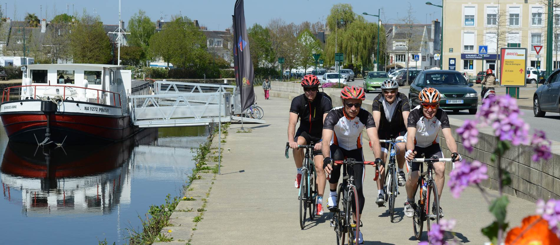 Les circuits Jean Robic dans la roue d'un grand cycliste © Morbihan Tourisme