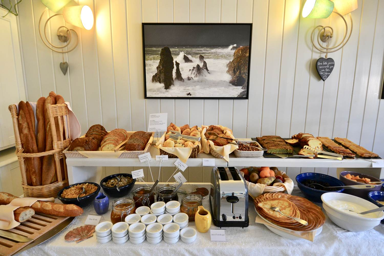Buffet petit-déjeuner ©