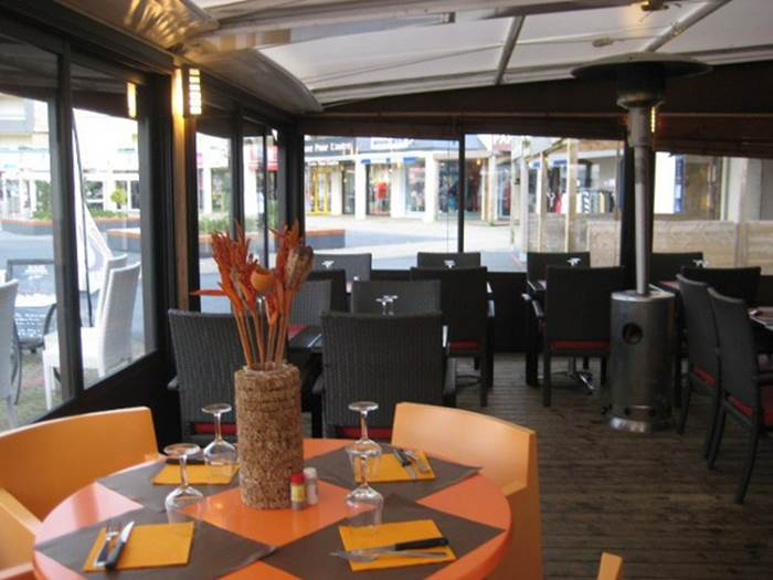 Bar-brasserie-la-croisette-arzon-morbihan-bretagne sud © UCAA