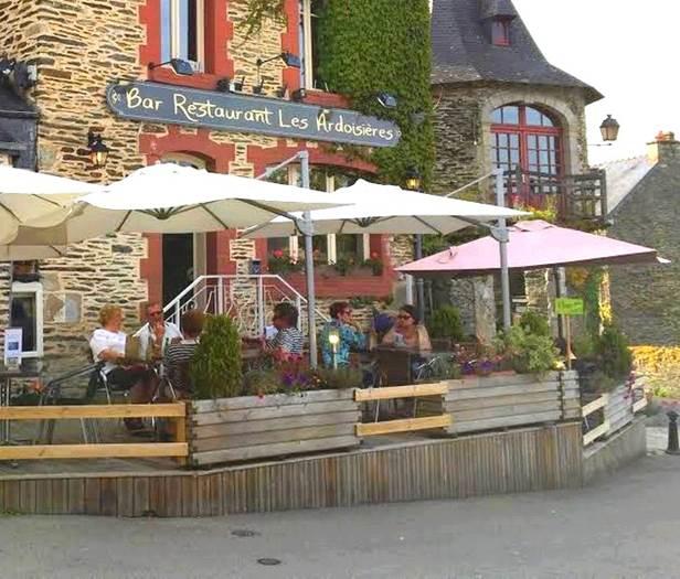LES ARDOISIERES - Bar-Restaurant à Rochefort-en-Terre - Morbihan - Bretagne Sud © ROCHEFORT EN TERRE TOURISME