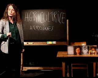 Théâtre-Héroïnes-Saint-Avé-Golfe-du-Morbihan-Bretagne Sud © Jordan Lachèvre