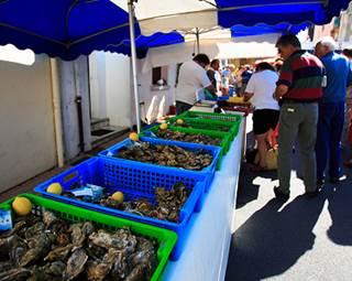 Marché-Saint-Gildas-de-Rhuys-Presqu'île-de-Rhuys-Golfe-du-Morbihan-Bretagne Sud © Ph.Jacquet