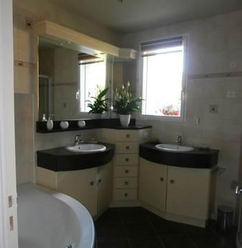Salle de bain - chambre orange