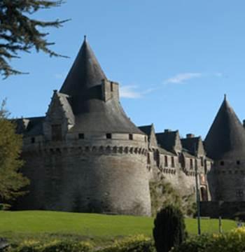1-Chateau-des-Rohan-Pontivy-Morbihan-Bretagne-Sud