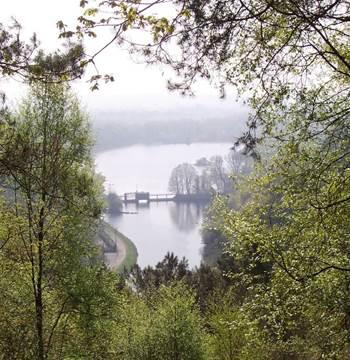 Lac de Guerlédan - Saint-Aignan - Morbihan Bretagne sud