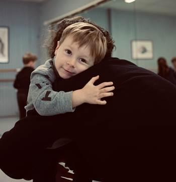 CONTAKIDS BRETAGNE - ATELIER PARENTS ENFANTS - ESTELLE DELNARD - MORBIHAN - VANNES - LA TRINITE SUR MER - GOLFE DU MORBIHAN ©Point d'Expression - CALIN