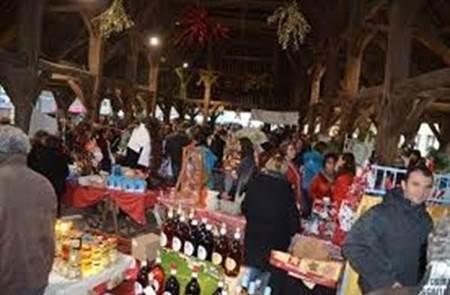Marché de Noël sous les Halles