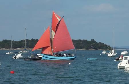 Bateau l'Indomptable voilier traditionnel