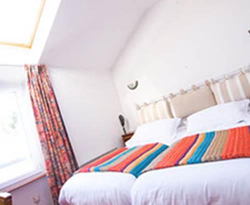 Bretagne Sud_Morbihan_Belle-île_Le Palais_hôtel Le Saint Amant_2 étoiles_chambre twin ©