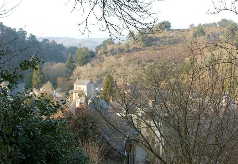 Empreinte-dHistoart-visites-guidées-patrimoine-Bains-Sur-Oust © Louisette Marchand