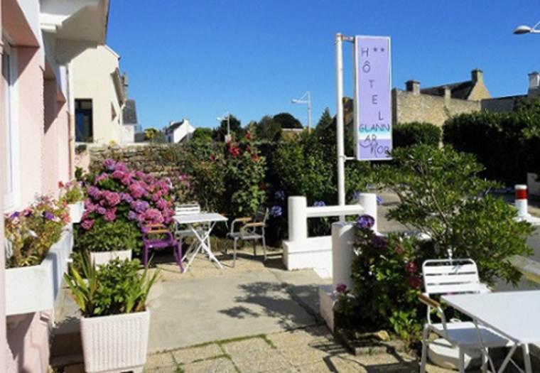 Façade-Hôtel-Glann-Ar-Mor-Arzon-Presqu'île-de-Rhuys-Golfe-du-Morbihan-Bretagne sud © Hôtel Glann Ar Mor