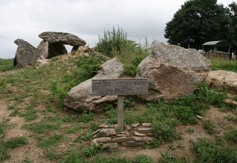 Mégalithes de Bézon - Ploermel - Morbihan Bretagne sud © CDT 56 - P GOUEZIN
