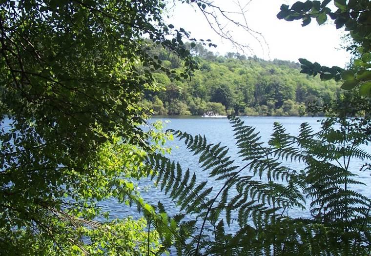 Lac de Guerlédan - Saint-Aignan - Morbihan Bretagne sud © CDT 56