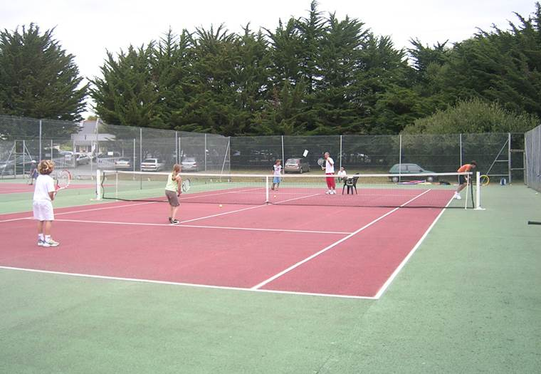 Tennis-Club-Saint-Gildas-de-Rhuys-Golfe-du-Morbihan-Bretagne sud © Eric Gauthier