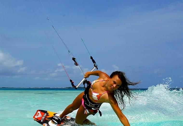 Ecole de kitesurf Pont Mahé ©