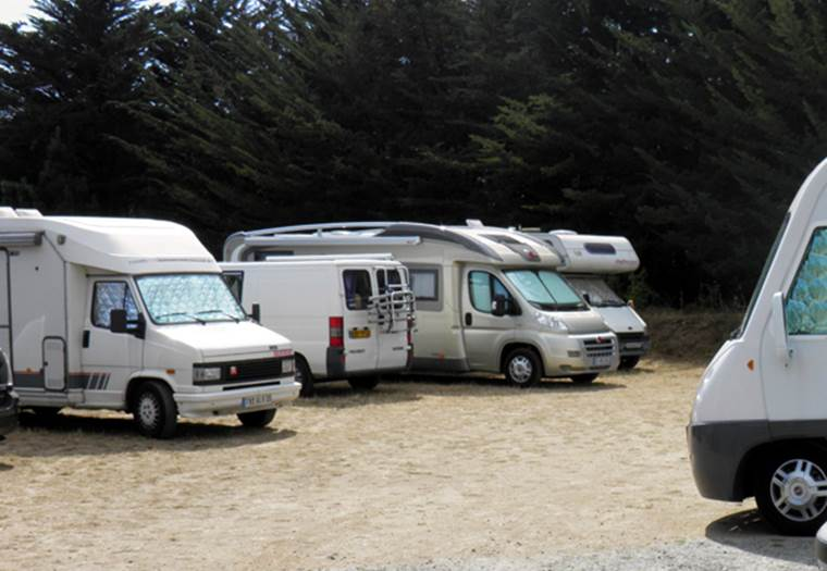 Aire camping car de la source à penestin © Office de Tourisme