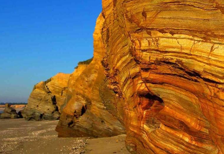 Falaise de la Mine d'Or - Pénestin - MORBIHAN BRETAGNE SUD © F PLESSIS