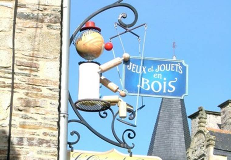 OREE DU BOIS - Enseigne - Morbihan - Bretagne Sud © ROCHEFORT EN TERRE TOURISME