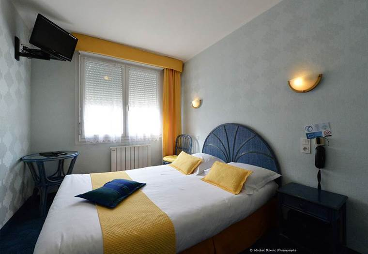 HOTEL-FONTAINE-THEIX ©