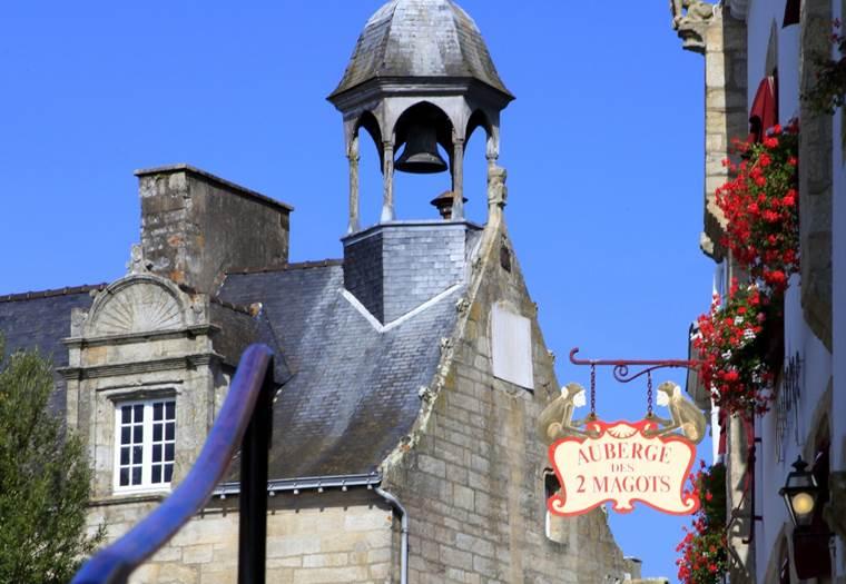 morbihan-bretagne-sud-monument-maison-au-canon-la-roche-bernard ©