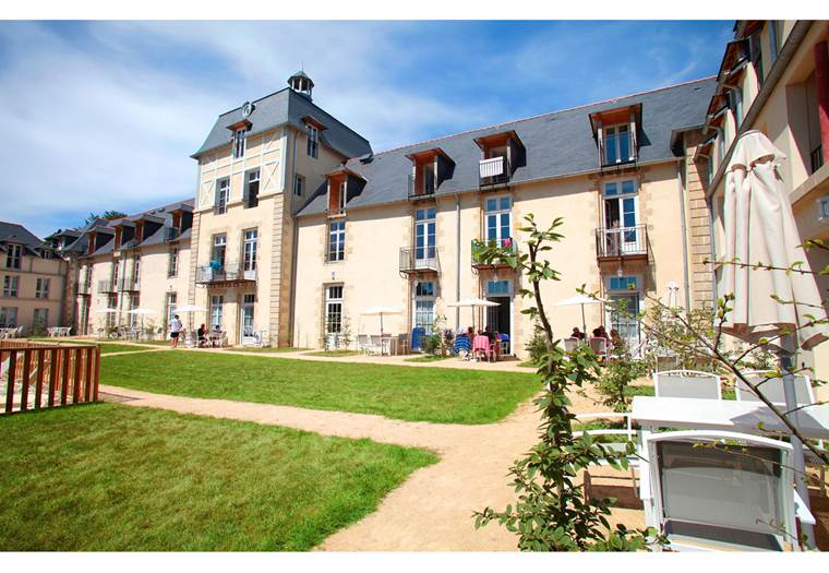 Résidence-Odalys-Le-Château-de-Kergonano-Baden-Golfe-du-Morbihan-Bretagne sud © Résidence Odalys Le Château de Kergonano