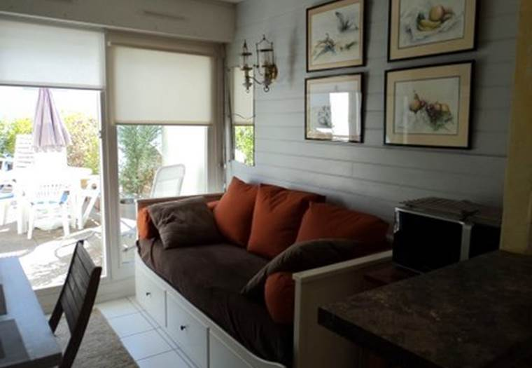 location-appartement-Larmor-Plage-Lorient-Morbihan-Bretagne-sud-3personnes-France © Coic