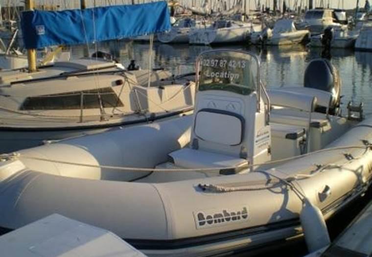 Location-bateaux-larmor-plage-Groix-Lorient-morbihan-bretagne-sud © Armor Loc Service