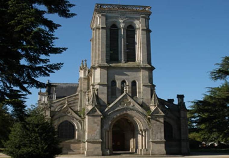 1-Eglise-St-Joseph-Pontivy-Morbihan-Bretagne-Sud © Eglise-St-Joseph