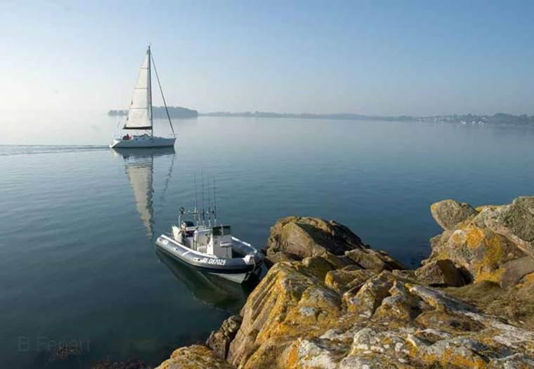 Balade en semi-rigide dans le Golfe du Morbihan ©