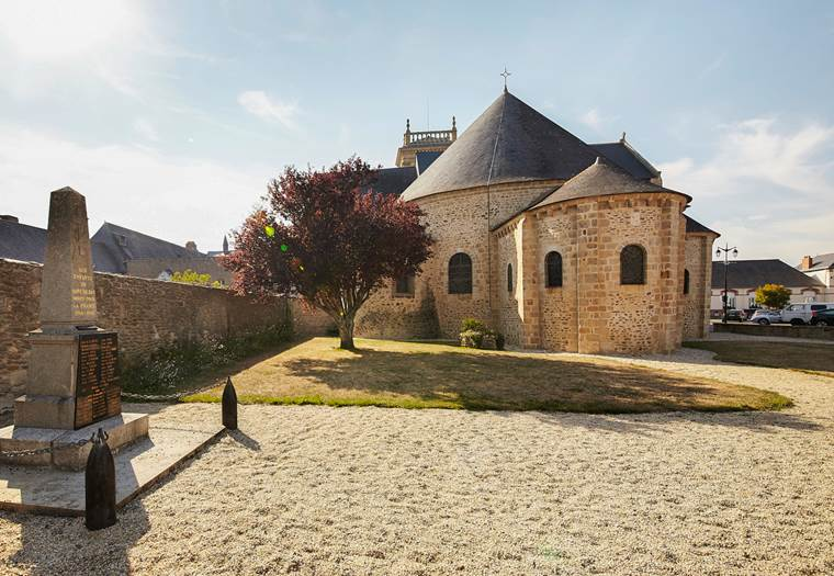 Abbatiale de Saint-Gildas de Rhuys - Morbihan - Bretagne Sud © Alexandre Lamoureux