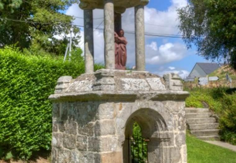 Fontaine Sainte-Marie à Le Guerno © Patrimoine de France