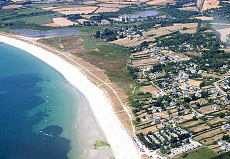 Vue-Aérienne-Camping-de-La-Plage-Sarzeau-Presqu'île-de-Rhuys-Golfe-du-Morbihan-Bretagne sud © Camping de La Plage