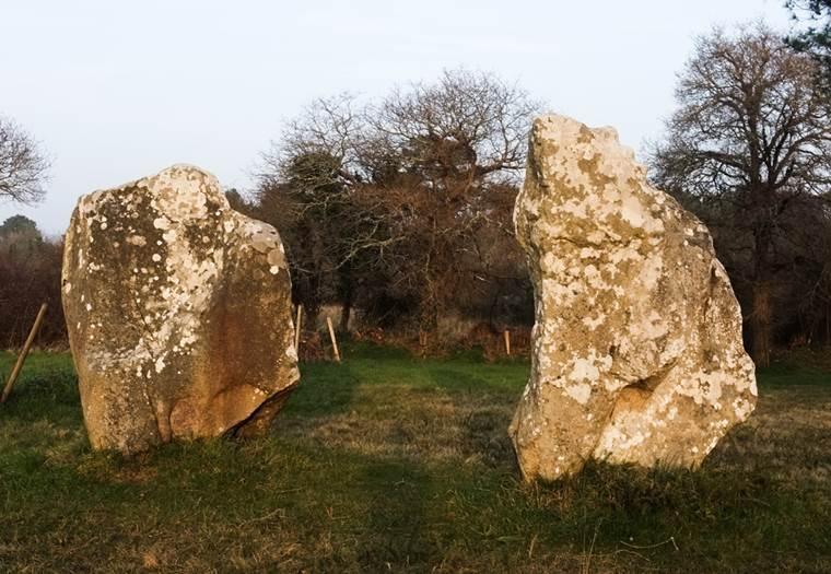 Dolmen de Crucuno Plouharnel - Morbihan Bretagne sud (1) © C. WACTAUSEN